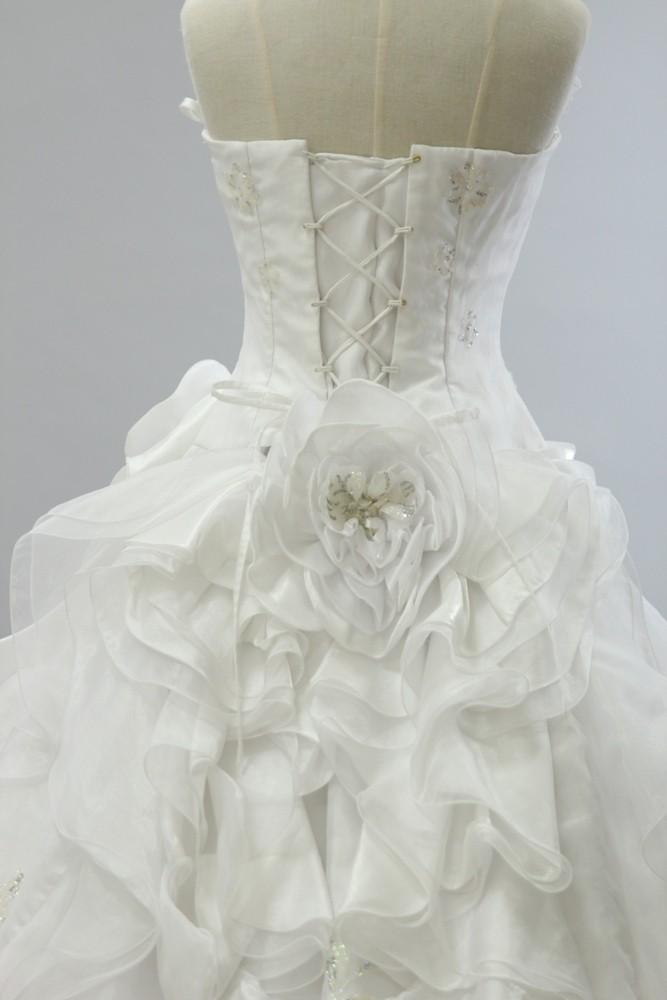 №11 ウエディングドレス