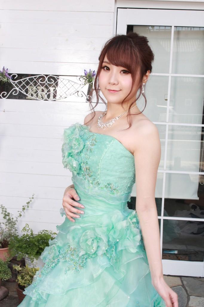 №87 エメラルドグリーン カラードレス