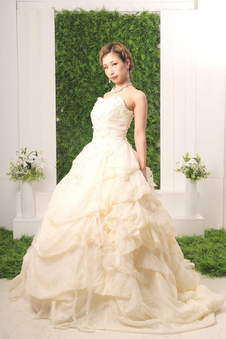 プレミアムウエディングドレス 19